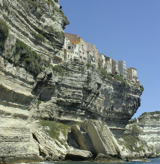 navigation to Corsica