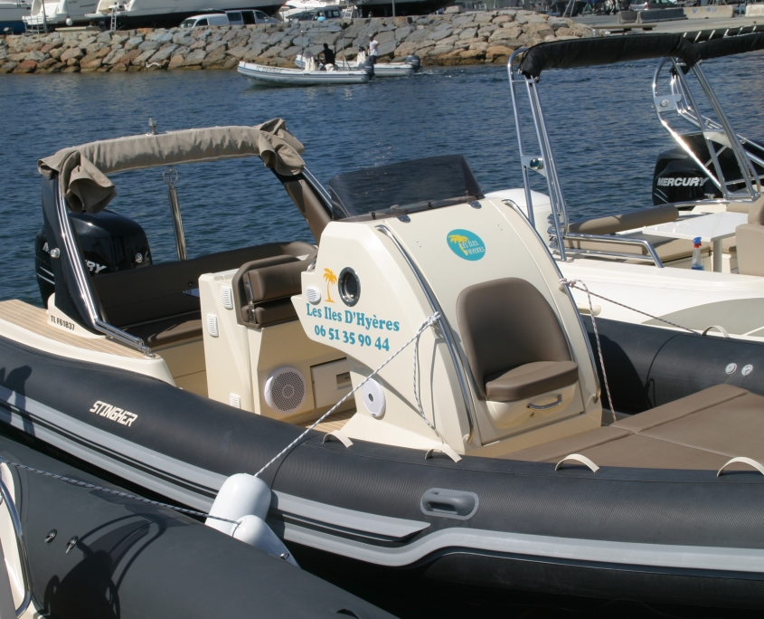 rigid inflatable boat for rent Stingher 27 GT