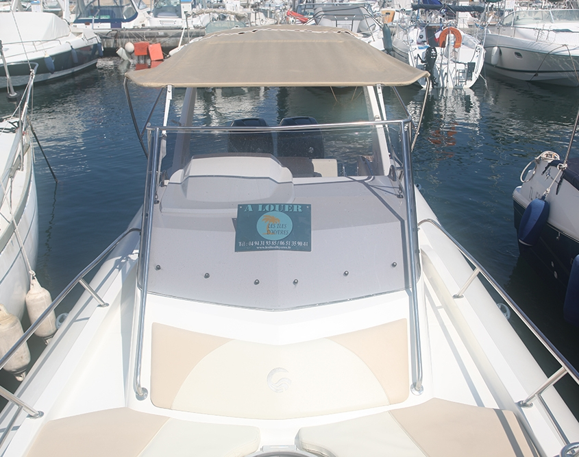 Capelli Tempest 1000 rigid inflatable boat for rent in Hyères, France