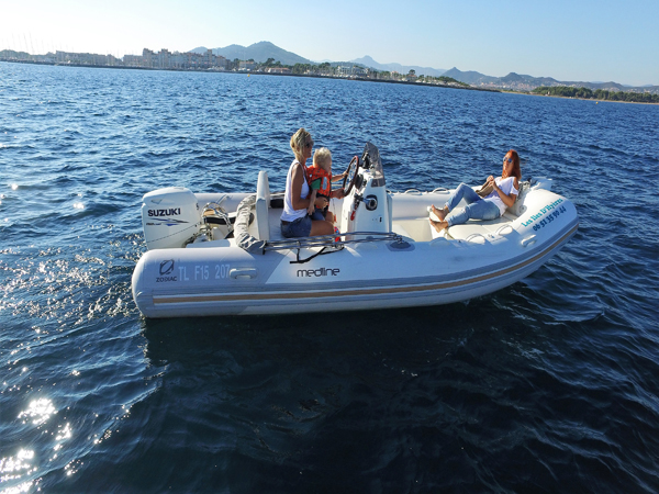 ZODIAC MEDILINE 500 to rent at Hyères, France