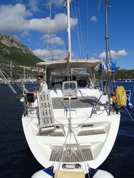 Sailing boat Sun Odyssey for rent in Hyères, France