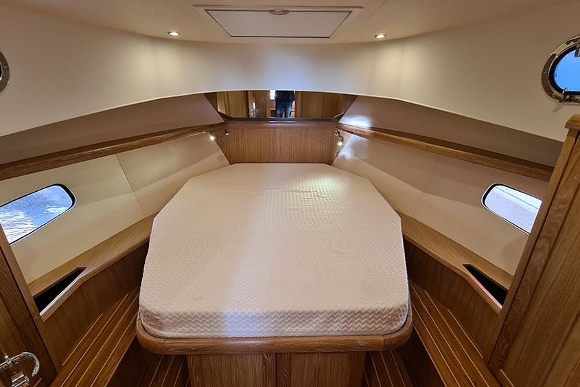 Vedette Menorquin 34 diesel cabine lit double