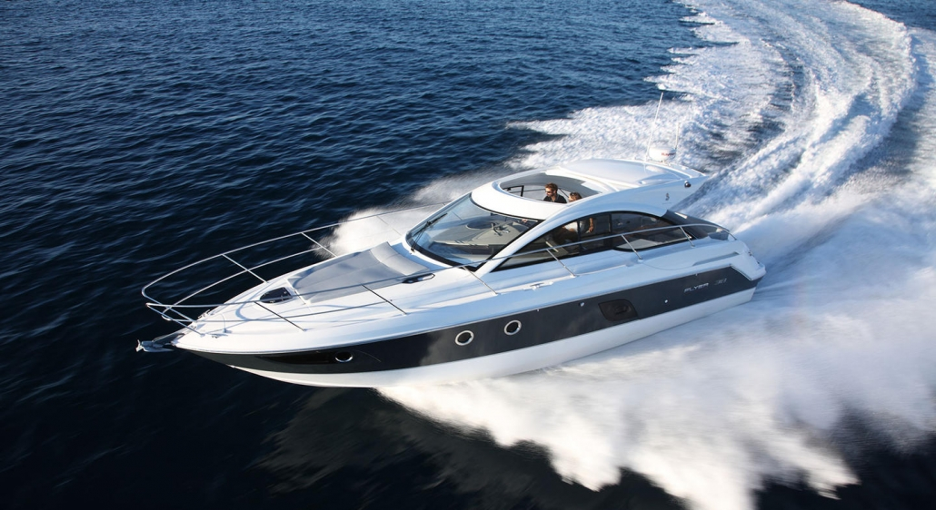 Grand Turismo 38 cruiser for rent in Hyères